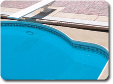vinyl-liner-polymer-pools-automatic-pool-cover